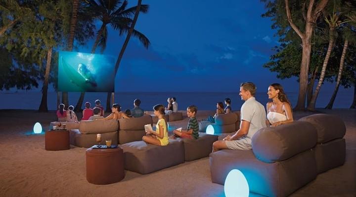Filmavond op het Sunscape Dominican Beach hotel