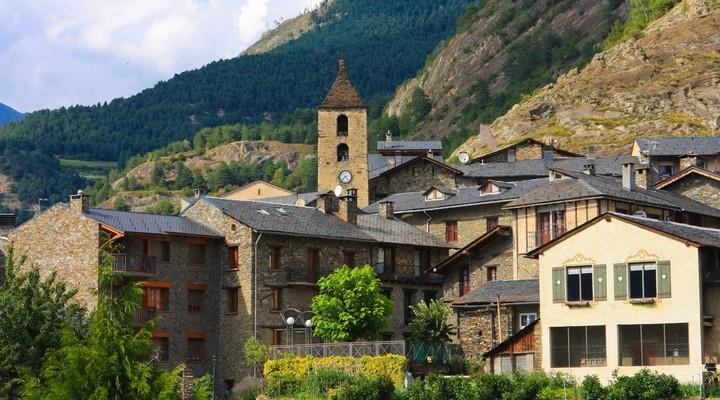 Uitzicht op de stad Ordino Andorra