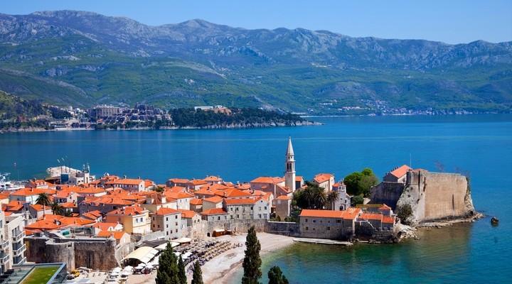 Budva, toeristische plaats in Montenegro