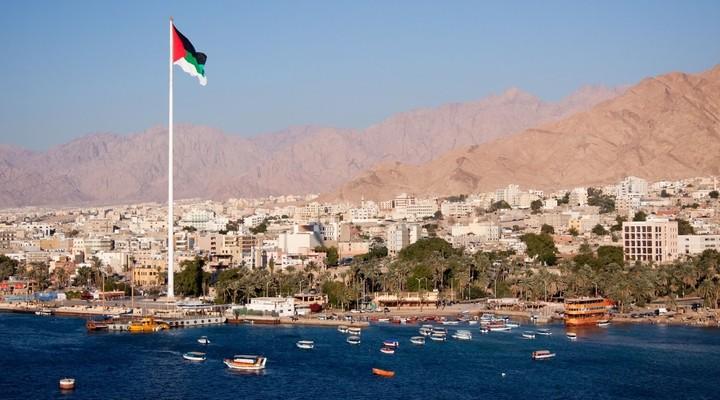 Jordaanse vlag in Aqaba