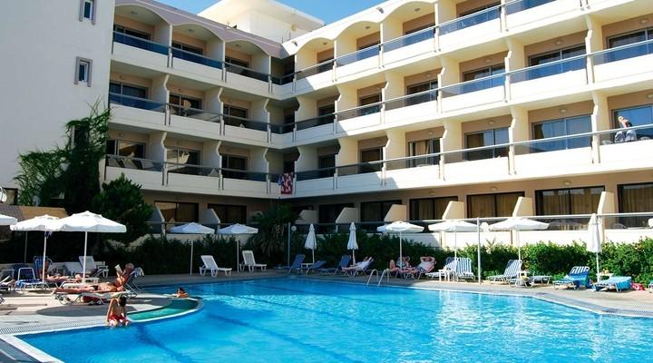 Hotelzicht op Lomeinz