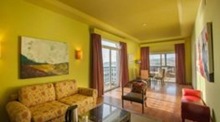 de woonkamer van 2-persoonskamer, Junior Suite