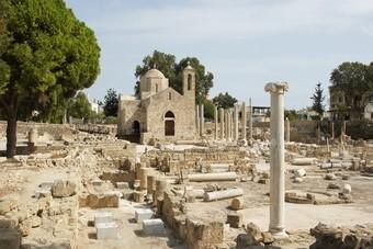 De westkust van Cyprus