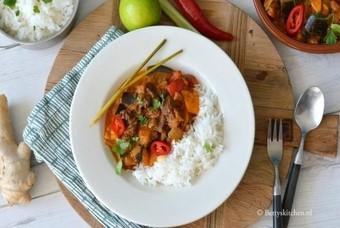 Thaise rode curry met rundvlees