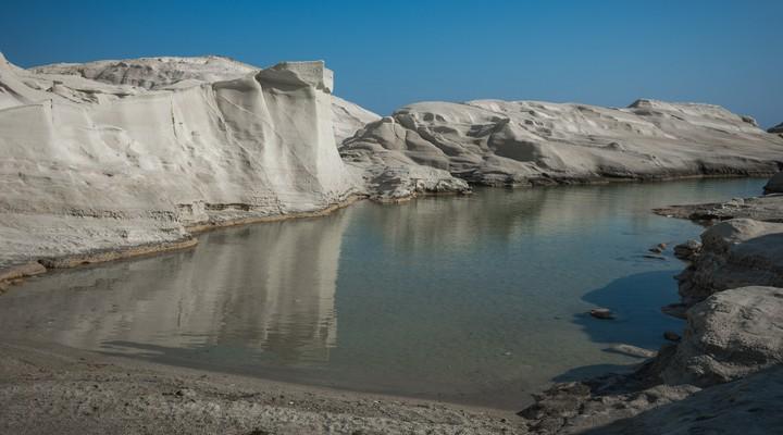 Het maanlandschap op Milos