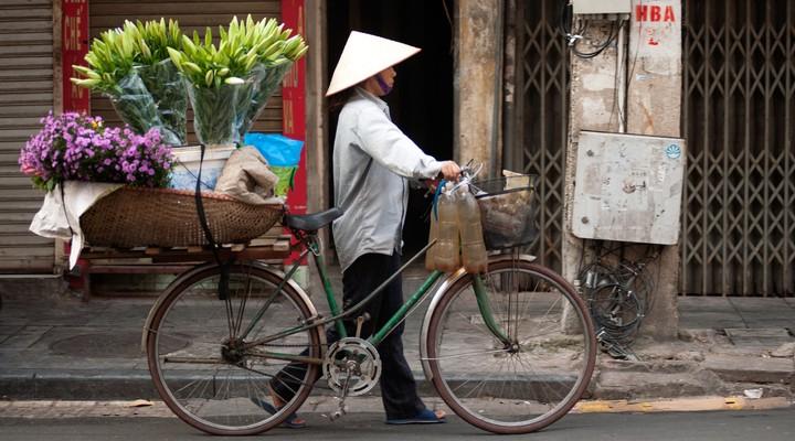 Bloemenverkoper op de fiets