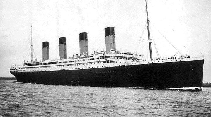 Oude foto van schip Titanic, Belfast