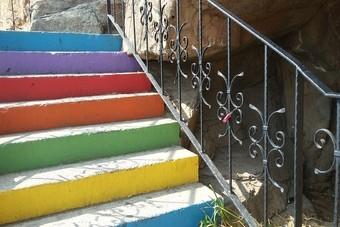 De gekleurde trap in Alanya
