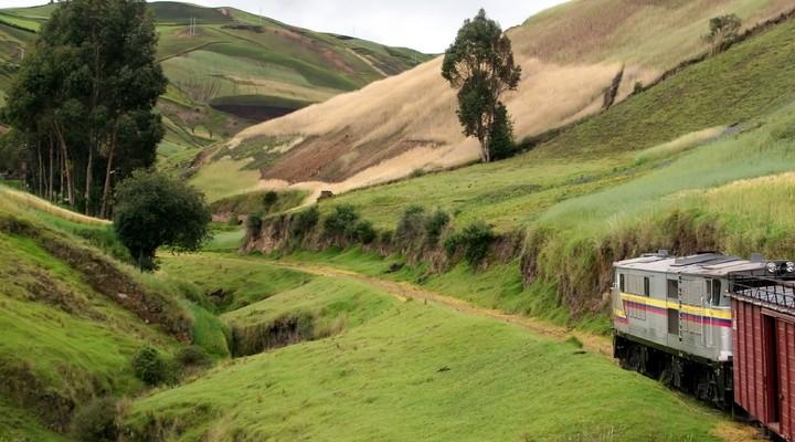 Trein in landschap Ecuador