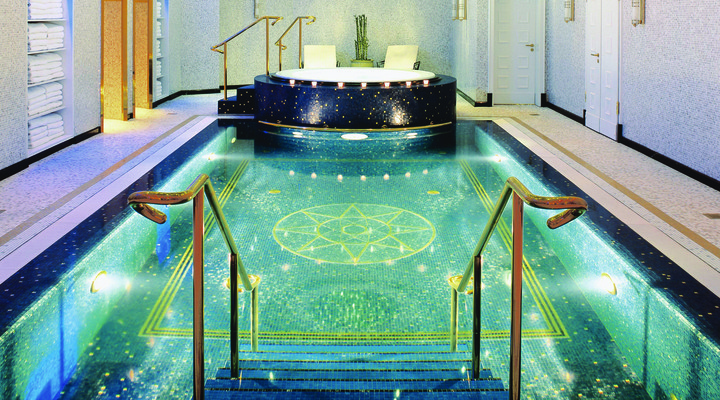 Pool The Ritz