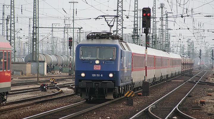 autoslaaptrein naar Oostenrijk