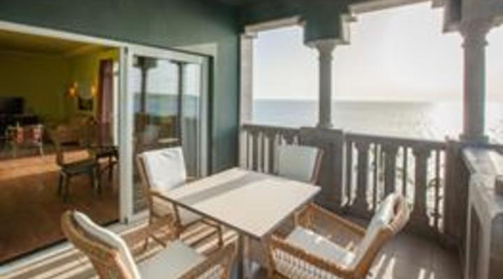 het balkon van 2-persoonskamer, Junior Suite