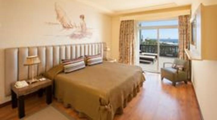 de slaapkamer van 2-persoonskamer, Senior Suite Zeezicht