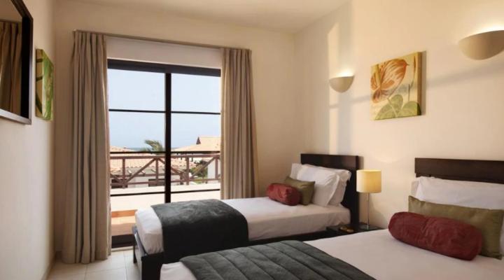 Slaapkamer met twin bed van Villa met drie slaapkamers