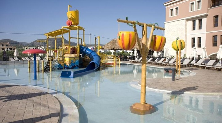 Kinderzwembad in Resort Crete by Atlantica