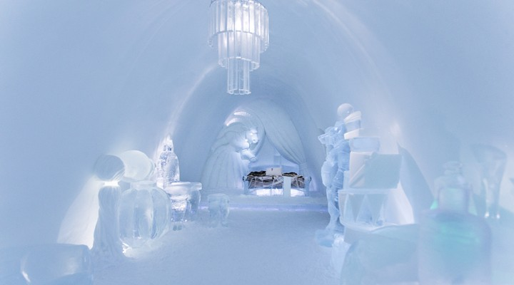 Luxe kamer in het ijshotel © Paulina Holmgren