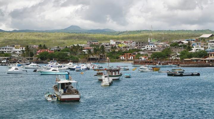 Bootjes Puerto Baquerizo Moreno, Galápagos