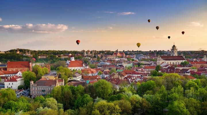 Vilnius met luchtballonnen