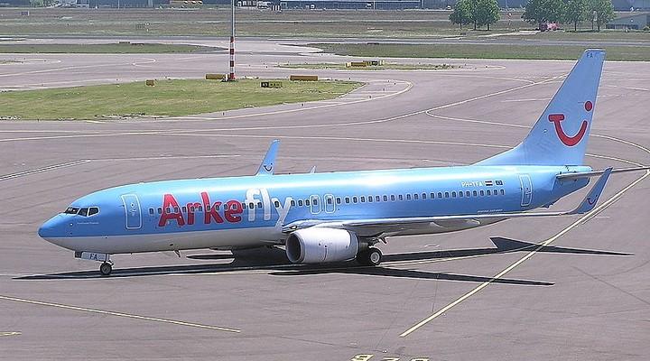 Vliegtuig ArkeFly, Arke