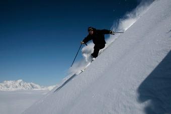 Stel je eigen wintersportvakantie samen bij De Jong Intra