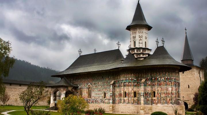 Het Sucevita-klooster, een van de beschilderde kerken