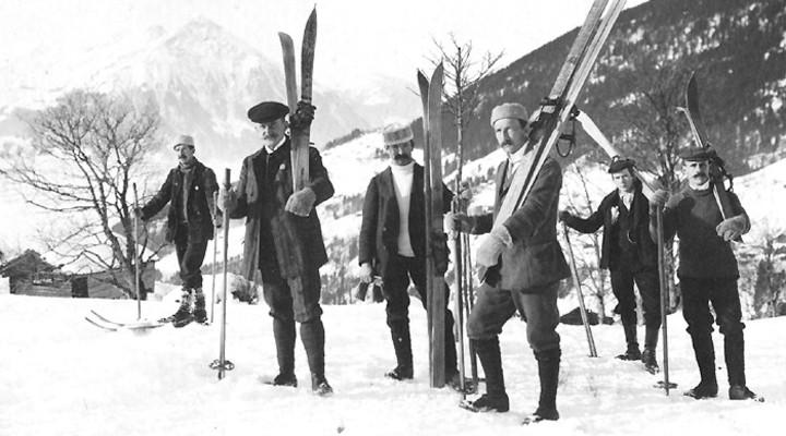 De ski-uitrusting in 1907