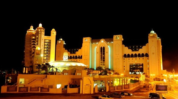 Het Herods Palace Hotel 's nachts