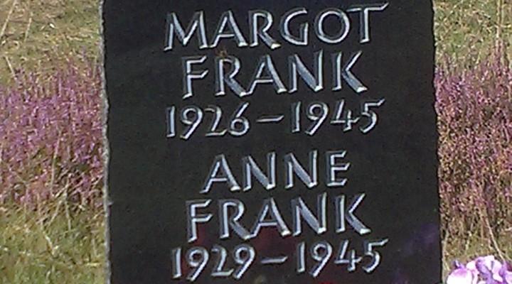 Symbolische grafsteen