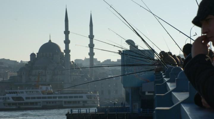 Galata-brug in Istanbul