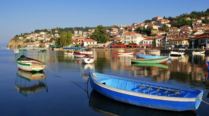 Vissershaventje aan het meer van Ohrid