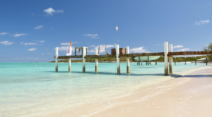 Huisje aan zee op de Bahamas