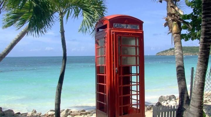 Telefooncel op het strand