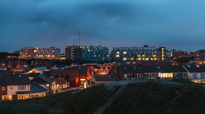 Egmond aan zee in de avond, Nederland