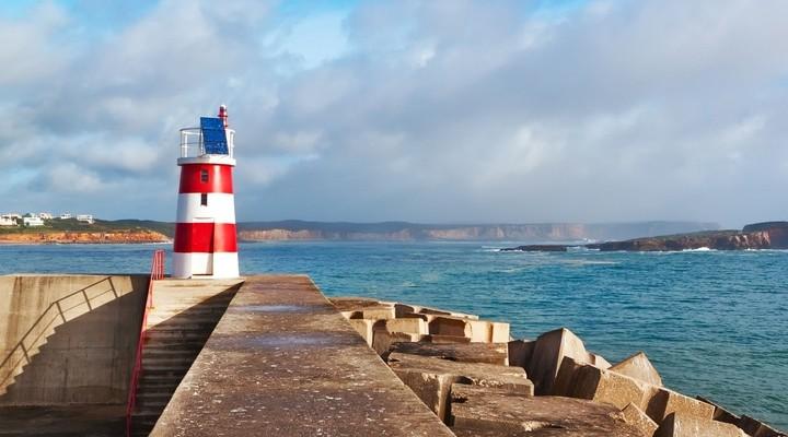 Navy Pier met vuurtoren in Sagres, Portugal