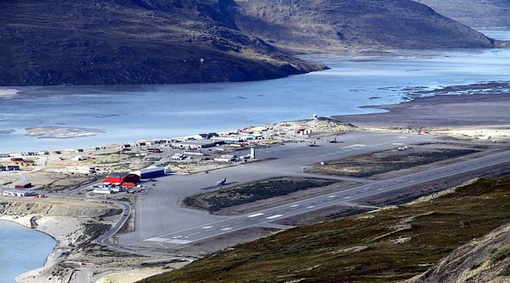 de vliegvelden van Groenland