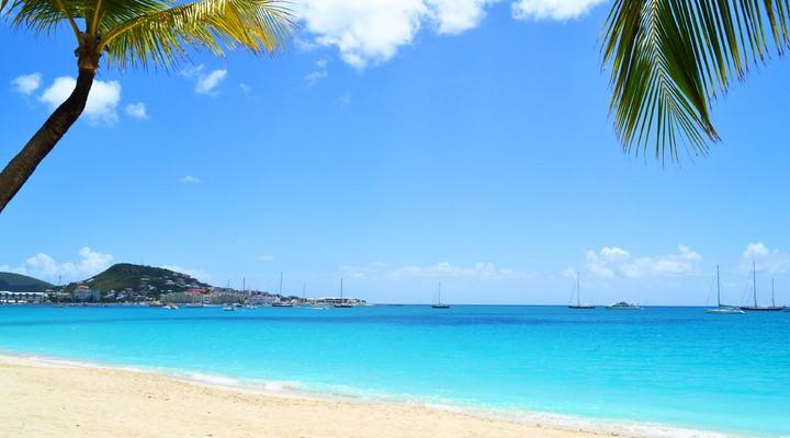 Strand op Sint-Maarten