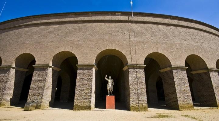 Standbeeld van keizer Traianus in Xanten