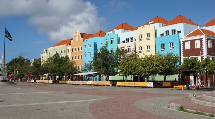 Kleurrijke huizen in Otrabanda