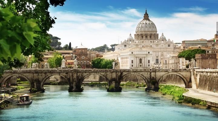 Tiber Rivier, St Pietersbasiliek, Vaticaanstad