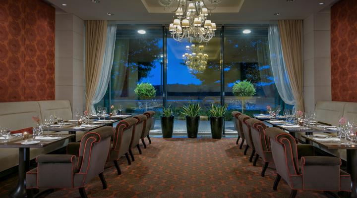 Grand Hotel River Park restaurant