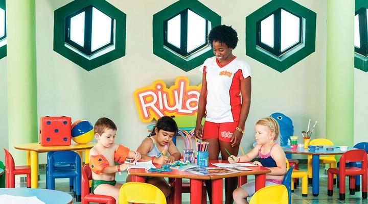 RIU Funana RiuLand