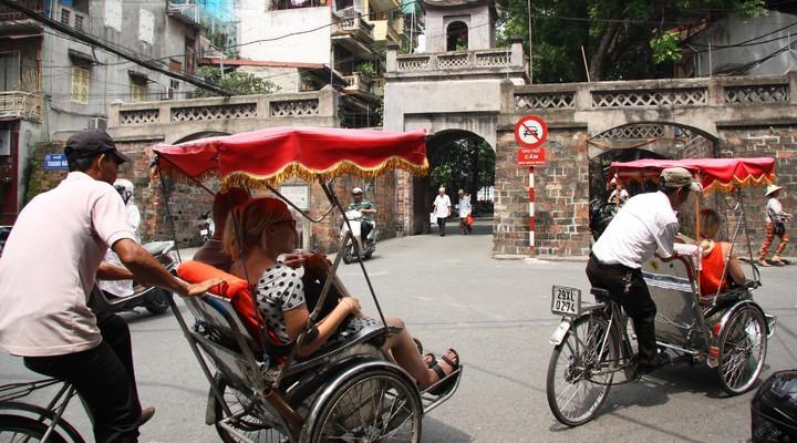 De riksjas in Hanoi
