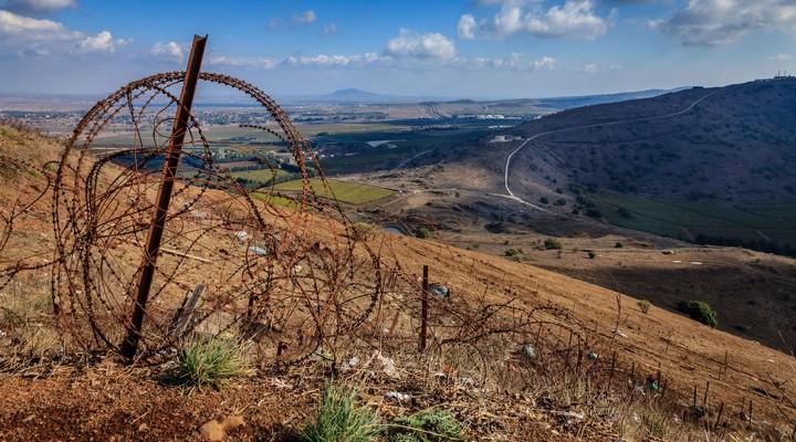 Golan Heights grens Israel en Syrie, prikkeldraad