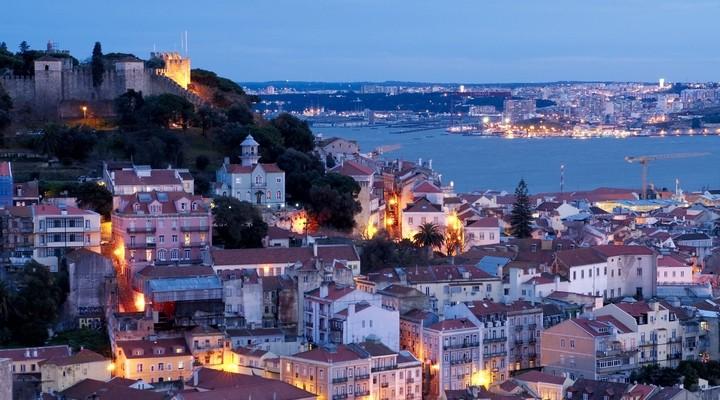 Portugees plein met centrum Lissabon