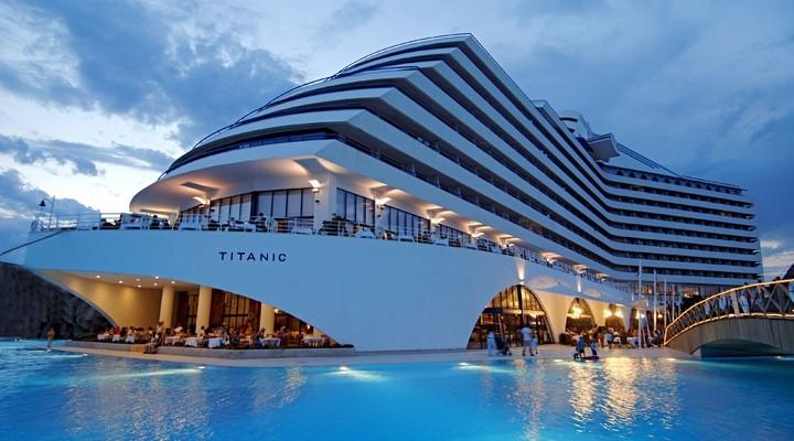 Hotel Titanic Resort