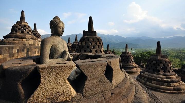 De boeddhistische stoepa Borobudur in Indonesië