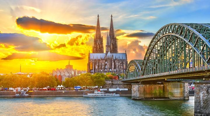 Zonsondergang Keulen, Duitsland