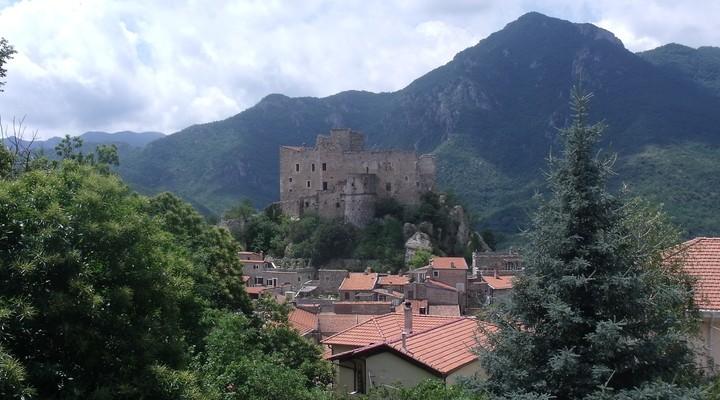 Het middeleeuwse dorp Castelvecchio is geheel autovrij