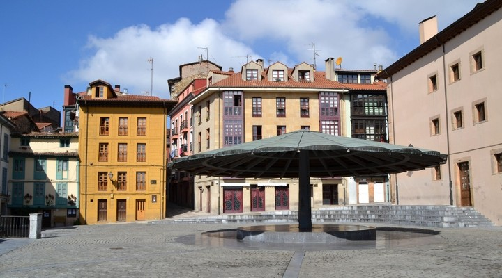 Paraplu-plein in Oviedo - Spanje