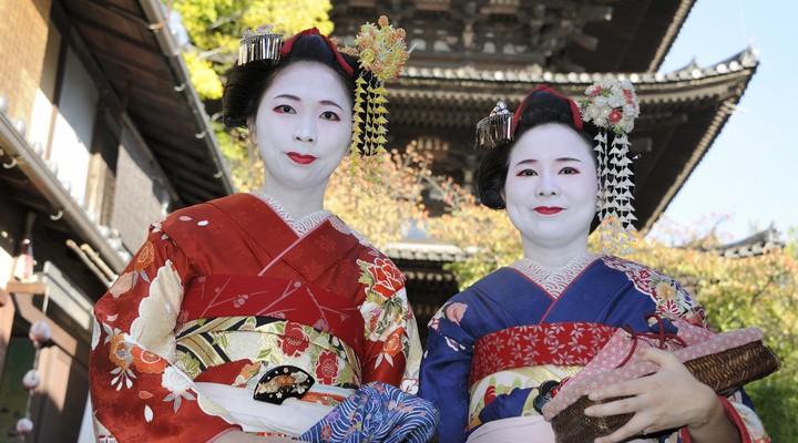 Geisha vrouwen in kimono